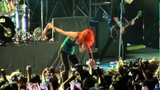 Paramore - Feeling sorry (Live in Buenos Aires, Argentina   24-02-2011)