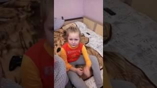 Когда ребенку не дают планшет. #цирк#слезы#смех#планшетидети(Вот что планшет делает с детьми., 2017-03-08T17:34:22.000Z)