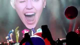 BANGERZ (OPENING SONG) & AWAY WE GO - MILEY CYRUS (Live, Bangerz Tour, San Antonio, Texas)
