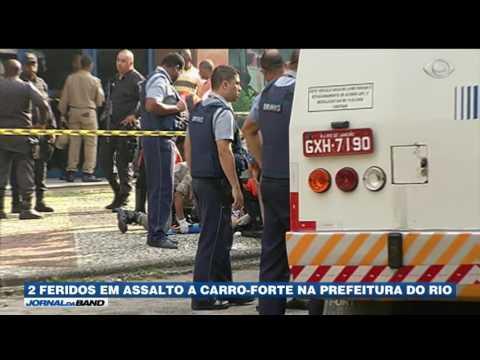 Assalto a carro-forte na prefeitura do RJ deixa dois feridos
