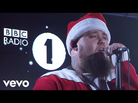 Rag'N'Bone Man - It's Beginning To Look A Lot Like Christmas mp3