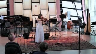 Yvette Holzwarth –Takahashi: Sieben Rosen hat ein Strauch for solo violin