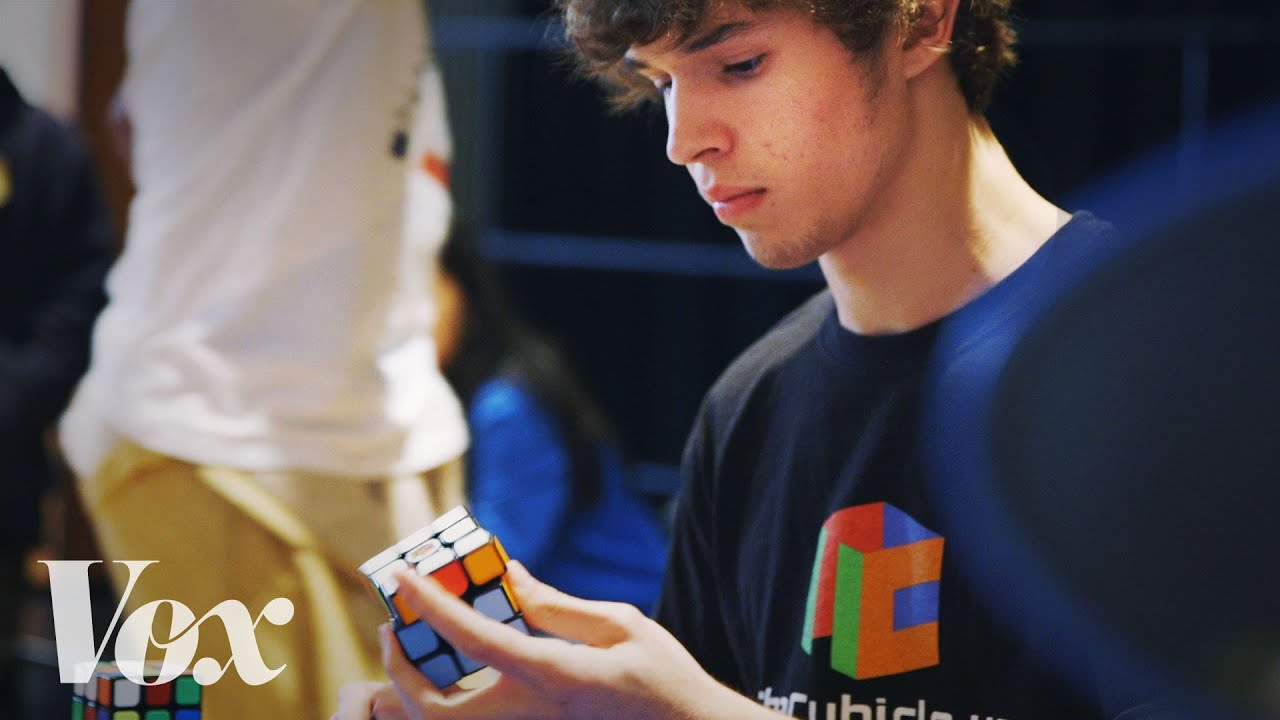 How a 15 year old solved a Rubik s Cube in 5 25 seconds