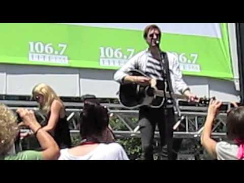 Broadway in Bryant Park: Falling Slowly