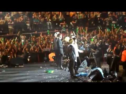 140408 SHINee World III in Argentina - Colorful + Talk + GreenRain + Goodbye