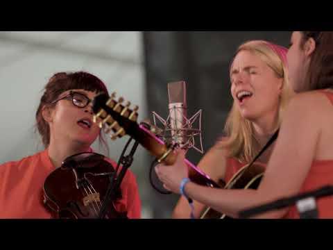 """I'm with Her – """"Little Lies"""" Live Newport Folk 2017"""