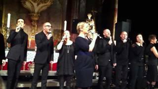 Maria Haukaas Mittet og Oslo Gospel Choir - Himmel og jord møtes i natt