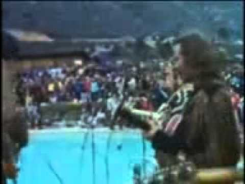 Crosby, Stills, Nash & Young - Down By The River (Live 1969)