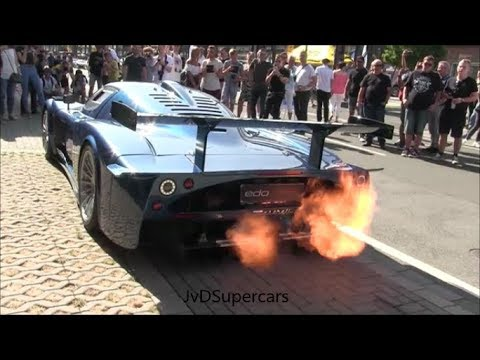 Maserati MC12 Corsa SHOOTING HUGE FLAMES & EPIC SOUNDS!