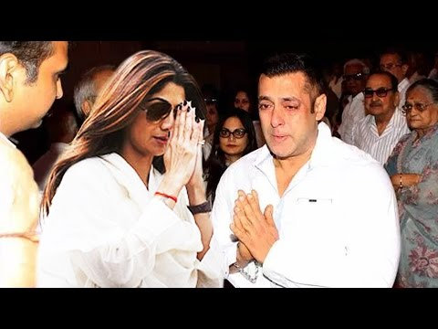 Salman Khan Visits Shilpa Shetty's In CONSOLES