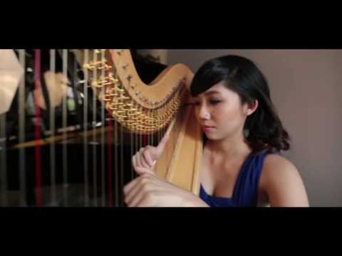 Kiss The Rain (Yiruma) Covered By Harpist Sarah Wong