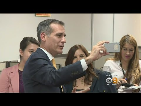 LA Mayor Calls On DACA Supporters To Contact White House