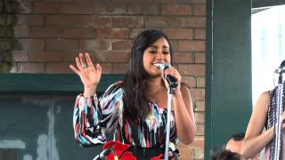 Jessica Mauboy - All I Want for Christmas (Indian Pacific Australian Outback Christmas Concert 2011)
