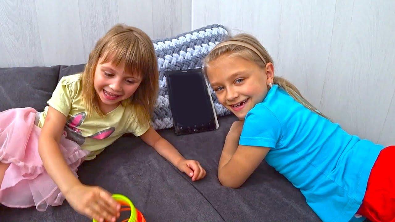 24 часа с Ариной и Ярославой | Игры для девочек | Tiki Taki Kids