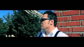 Смотреть клип Asu Si Boby - La Fel De Frumoasa