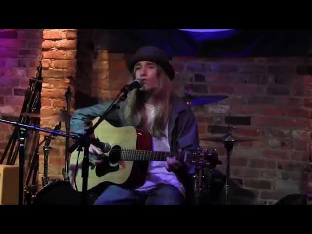 "Sawyer Covers Ray LaMontagne's ""Burn"" at The Bitter End"