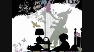 Akeboshi - 廃墟のソファ