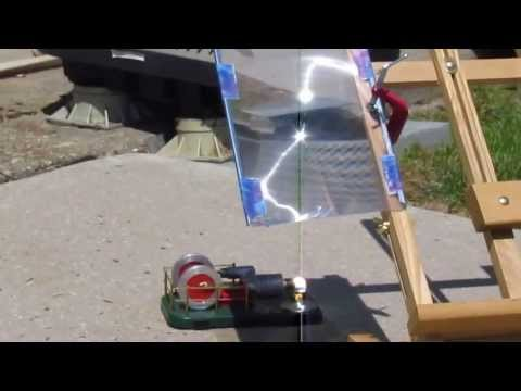 Solar-powered Stirling heat engine with Fresnel lens