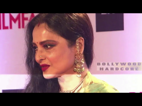 Rekha's First Forceful Kiss For 5 Minute...