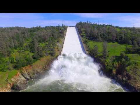 Lake Oroville spillway release aerial footage