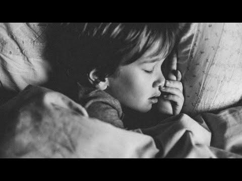 ממי בדרך כלל מתחילים בעיות השינה של הילד?
