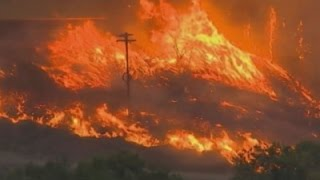 Massive Fire Threatens Washington State Homes