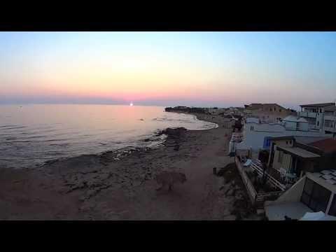 Punta secca tramonto con drone