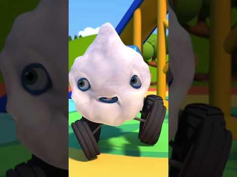 Нашёл папину пену для бритья - Синий трактор #Shorts для детей