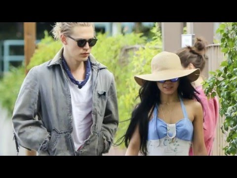 Thumbnail: Vanessa Hudgens and Austin Butler - part.2 (2014/2015/2016)