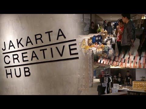 Barang Lokal di Pasar Kaget Jakarta Creative Hub