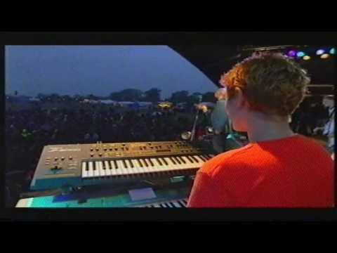 Faithless  God Is A DJ  @ Glastonbury 98