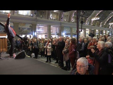Julsånger på Centralen sänds på SVT