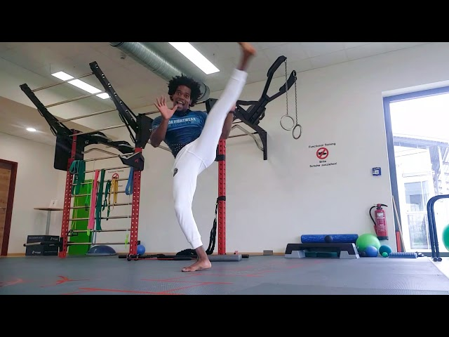 Body Movement Flow - Capoeira Flow with Gugu Quilombola