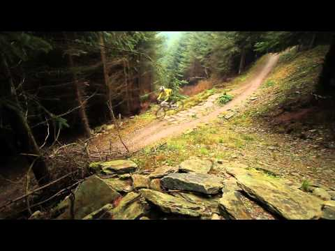 Neil Donoghue rides B-Line (New Black @ Llandegla)