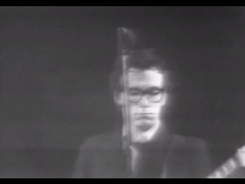Elvis Costello & the Attractions Watching The Detectives