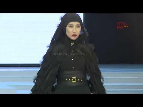 WARDAH - SINAR DAN PIJAR - Indonesia Fashion Week 2018