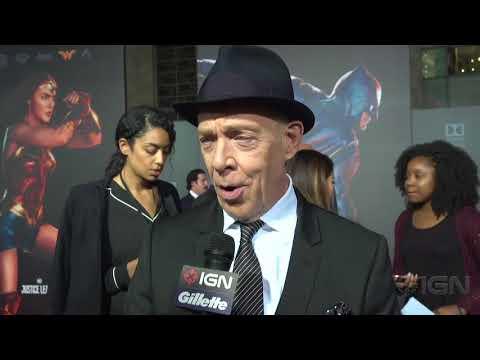 J.K. Simmons - Justice League Red Carpet Interview