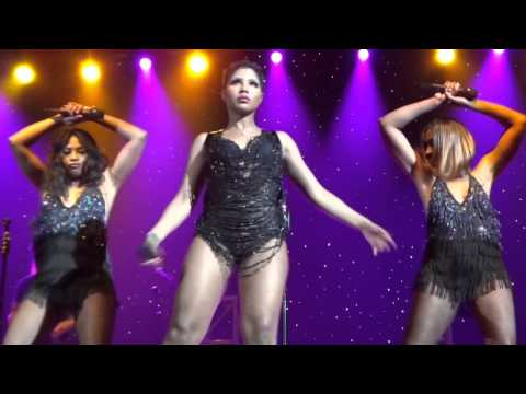 TONI BRAXTON live in Hawaii (Medley of Songs / Fan Interaction)