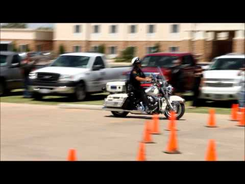 Lubbock Tx motorcycle police show off riding skills