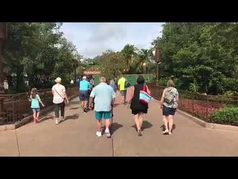 Live Video - Let's ride Big Thunder Mountain Railroad at the Magic Kingdom