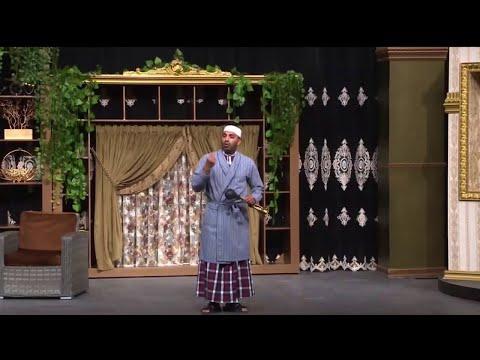مسرحية ولد بطنها Youtube
