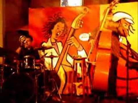 Sambajazz Trio Em Buzios Maracangalha Youtube