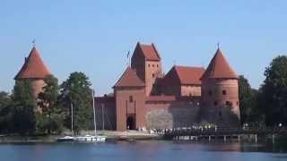 Литва, Тракай 2015.(Город Тракай расположен в 27 км к западу от столицы Литвы Вильнюса. В его окрестностях насчитывается 200 озёр...., 2015-10-27T18:57:52.000Z)