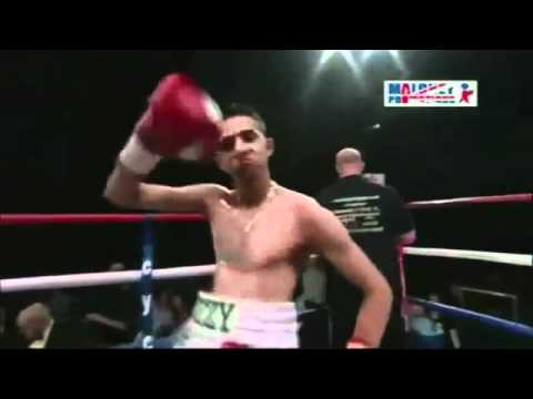 Dancing Pakistani boxer - greatest ever!