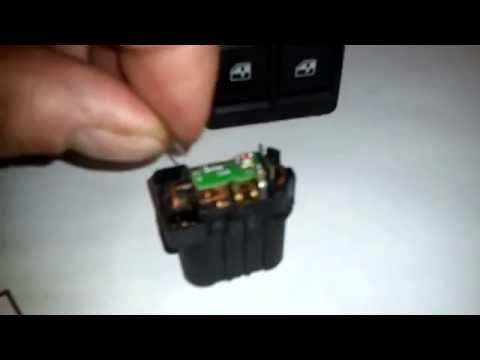 видео: Ремонт кнопки электростеклоподъемника