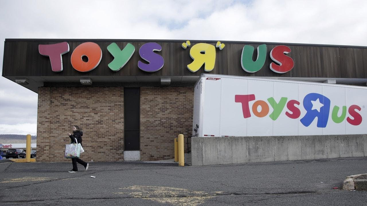 Toys R Us Slot Machines : Store closing sales begin at toys r us locations in ny nj
