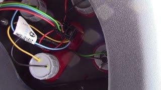 видео Замена заднего фонаря lada 2105 (ваз 2105)