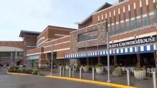 Westfield shopping mall, Seattle, Washington, US