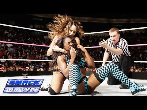 Naomi vs. Nikki Bella: SmackDown, Oct. 17, 2014