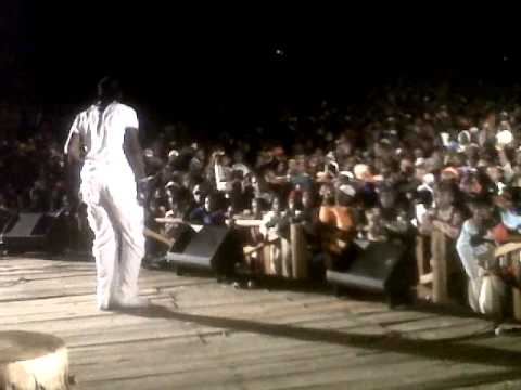 Ba Shupi performing in Chimanimani
